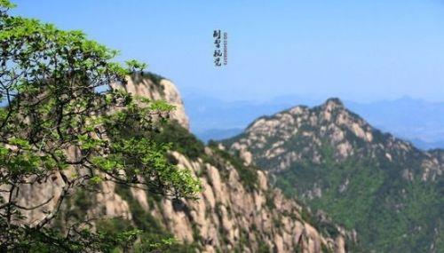 峻峭秀美的黄山