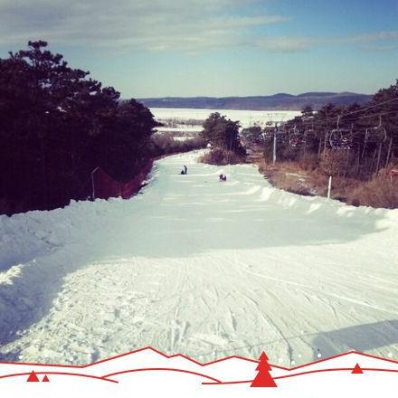棋盘山滑雪场(来源:新浪微博@杭州玩人)