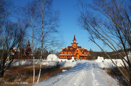 新浪旅游配图:圣诞村景观 图片来源:@MEI331_