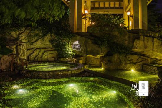 韩国夜晚别墅室内