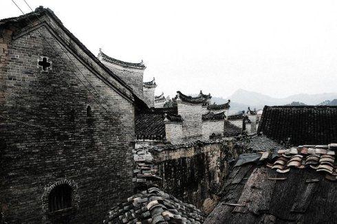 朗梓村的建筑自有特色 图:新浪博主/小哈