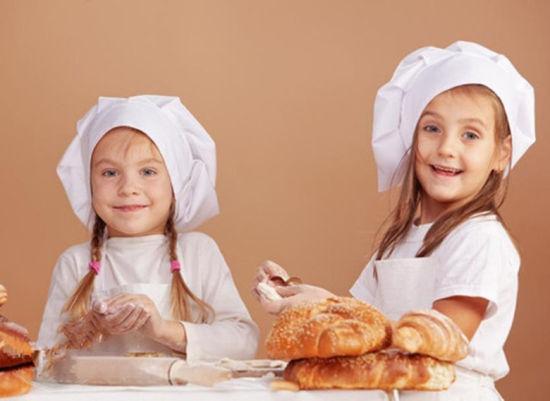 小厨师课堂妙趣横生图片