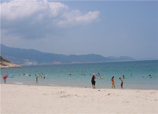 在津城畅游海底世界 感受浪漫海边风情(3)