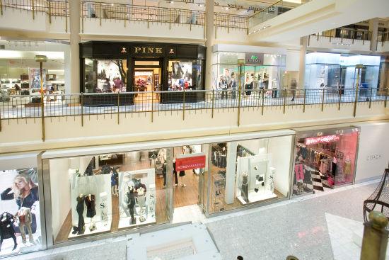 泰森斯角购物中心