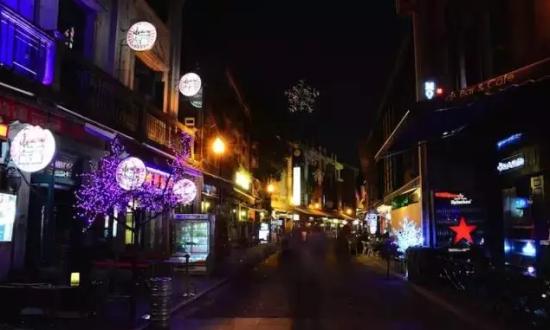 欧式步行街夜景