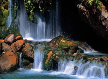 螺髻山大峡谷温泉瀑布