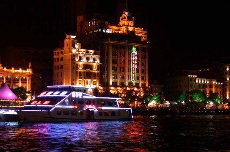 广州:珠江上的现代与古典(图)