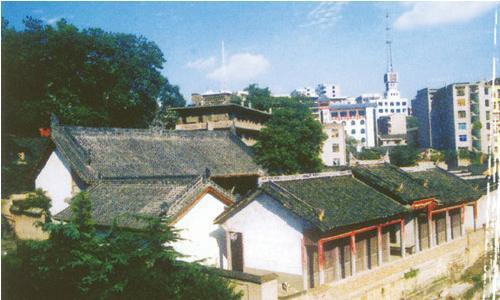 红四方面军总指挥部旧址纪念馆