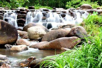 组图:越南清新温泉的别样感受