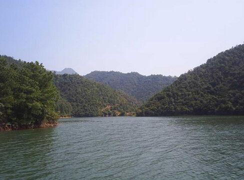 万安湖-畅游江西万安县四大景点图片