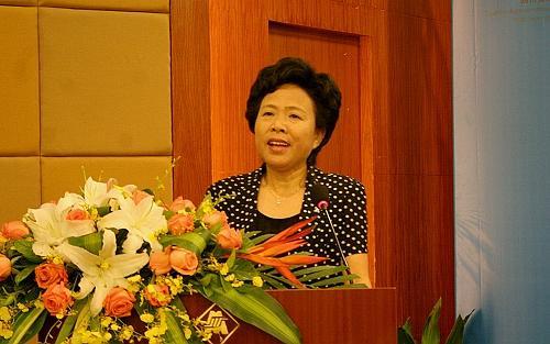 四川省人民政府副省长黄彦蓉出席颁奖仪式并致辞