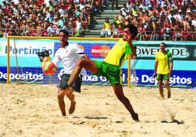 足球――与桑巴并列的里约名片