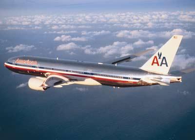 美国航空波音777飞机