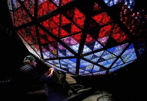美国时代广场:巨型新年水晶球(组图)