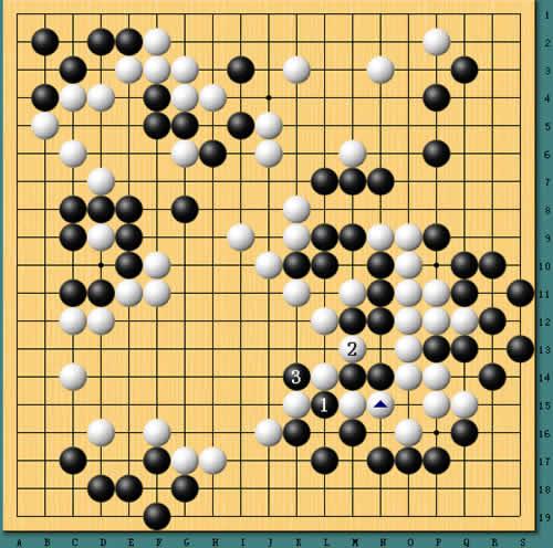 冒险岛2 告白气球谱子-图4:接上图,虽然白棋大龙可以在2位吃掉黑棋两子,取得联络,但黑