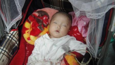 被抛弃的女婴