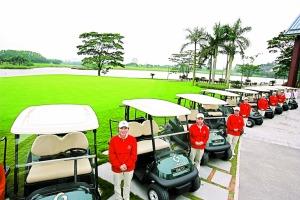 正中高尔夫球会坚持每月举办会员杯赛事,为会员打造一个自然的商务交流平台。