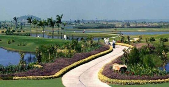 珠海东方高尔夫俱乐部是一个有海