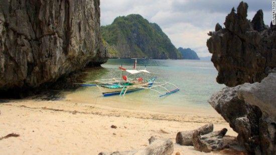 爱妮岛,巴拉望省,菲律宾   这座迷人的海岛位于菲律宾的巴拉望省,岛上的喀斯特石灰岩崖壁是形成独特嵌入式海滩与泻湖的核心所在。