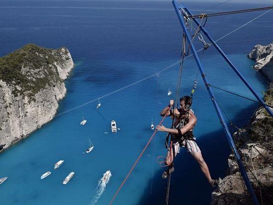 勇者希腊知名景点挑战极限运动蹦绳