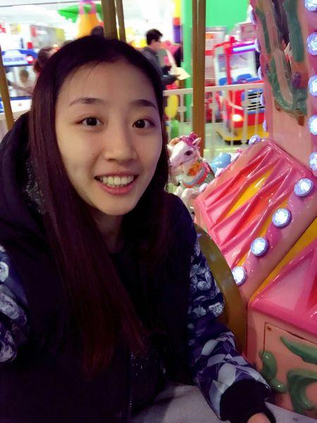 看看天津女排六将新发型 陈丽怡姚迪殷娜斗艳(图)图片