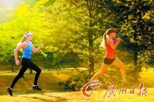 跑步瘦腿法则:跑后做做拉伸小腿可变细