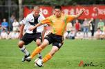 图文-[友谊赛]北理工0-2负帕尔马中甲小将轻松护球
