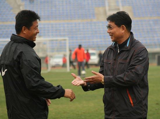 图文-[中甲]延边队0-2上海东亚徐根宝为何如此开心