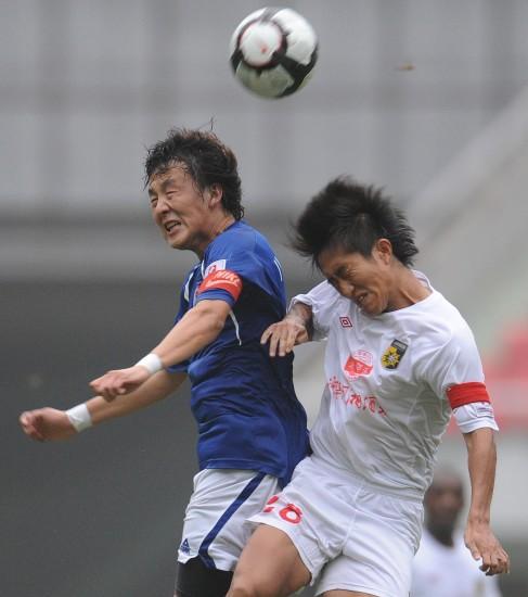 图文-[中甲]湖南湘涛1-0北京八喜姚亮跳起争顶