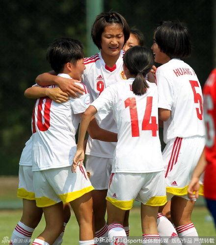 亚少赛-女足0-2不敌朝鲜获亚军 两新星闪耀