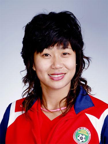 图文-中国女足奥运代表团 韩端