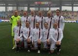 挪威女足首发合影