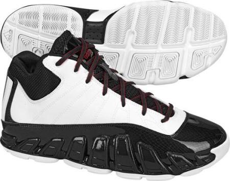 阿迪达斯 男子 篮球鞋 G21816/亮白/一号黑/校园红