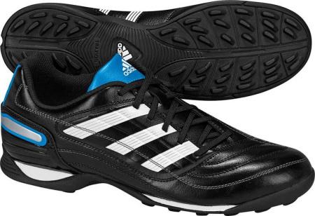 阿迪达斯 足球鞋 G13611