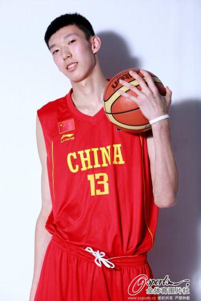 周琦入选中国男篮