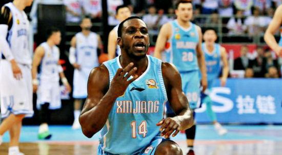 哈德森上赛季在新疆获得MVP。
