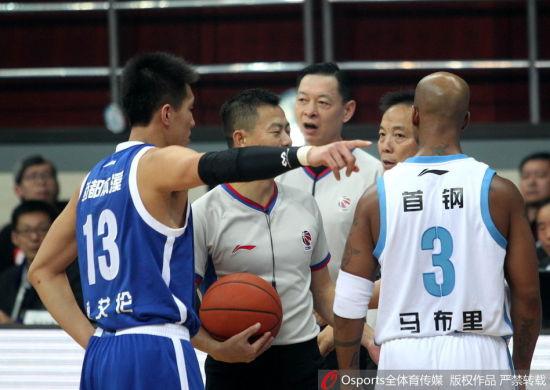 裁判在比赛中经常被质疑