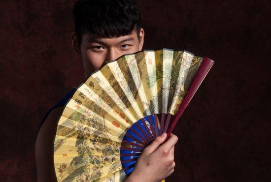 王哲林――外乡中锋榜首人