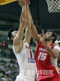图文-[钻石杯]中国男篮VS伊朗 哈达迪严密防守