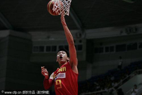 图文-[热身赛]中国87-67澳洲明星孙悦轻松上篮