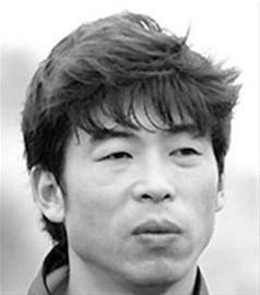 陈波表示他将当一名教练。