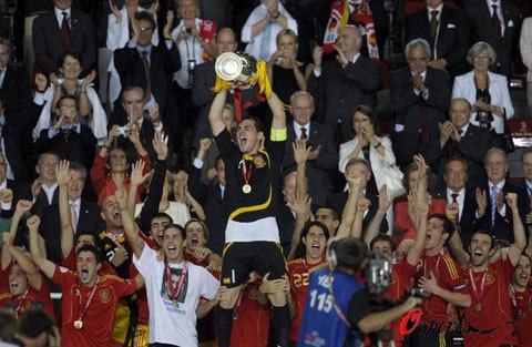 西班牙最崇高方式夺冠亦最伟大斗牛士感谢两个人