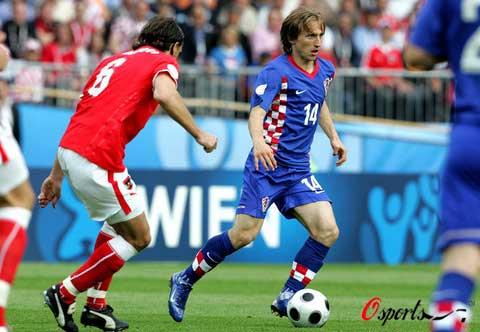 图文-[欧洲杯]奥地利VS克罗地亚摩德里奇寻求突破