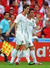图文-[欧洲杯]捷克VS葡萄牙C罗与德科联合庆祝