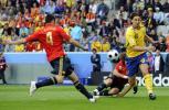 图文-[欧洲杯]瑞典VS西班牙伊布开场便策动攻势