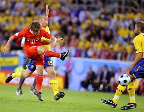图文-[欧洲杯]俄罗斯VS瑞典阿尔沙文大力施射