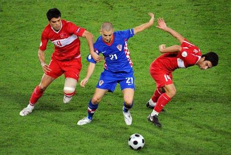 图文-[欧洲杯]克罗地亚VS土耳其佩特里奇难以阻挡