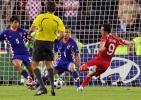 图文-[欧洲杯]土耳其4-2克罗地亚森图尔克神奇一脚