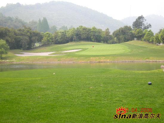 四川青城山高尔夫俱乐部特色球洞
