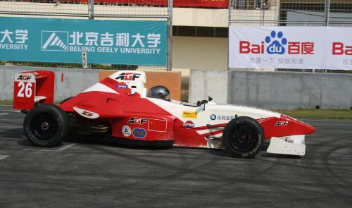 珠海赛道单圈成绩1分54秒曹颖创造AGF赛车历史